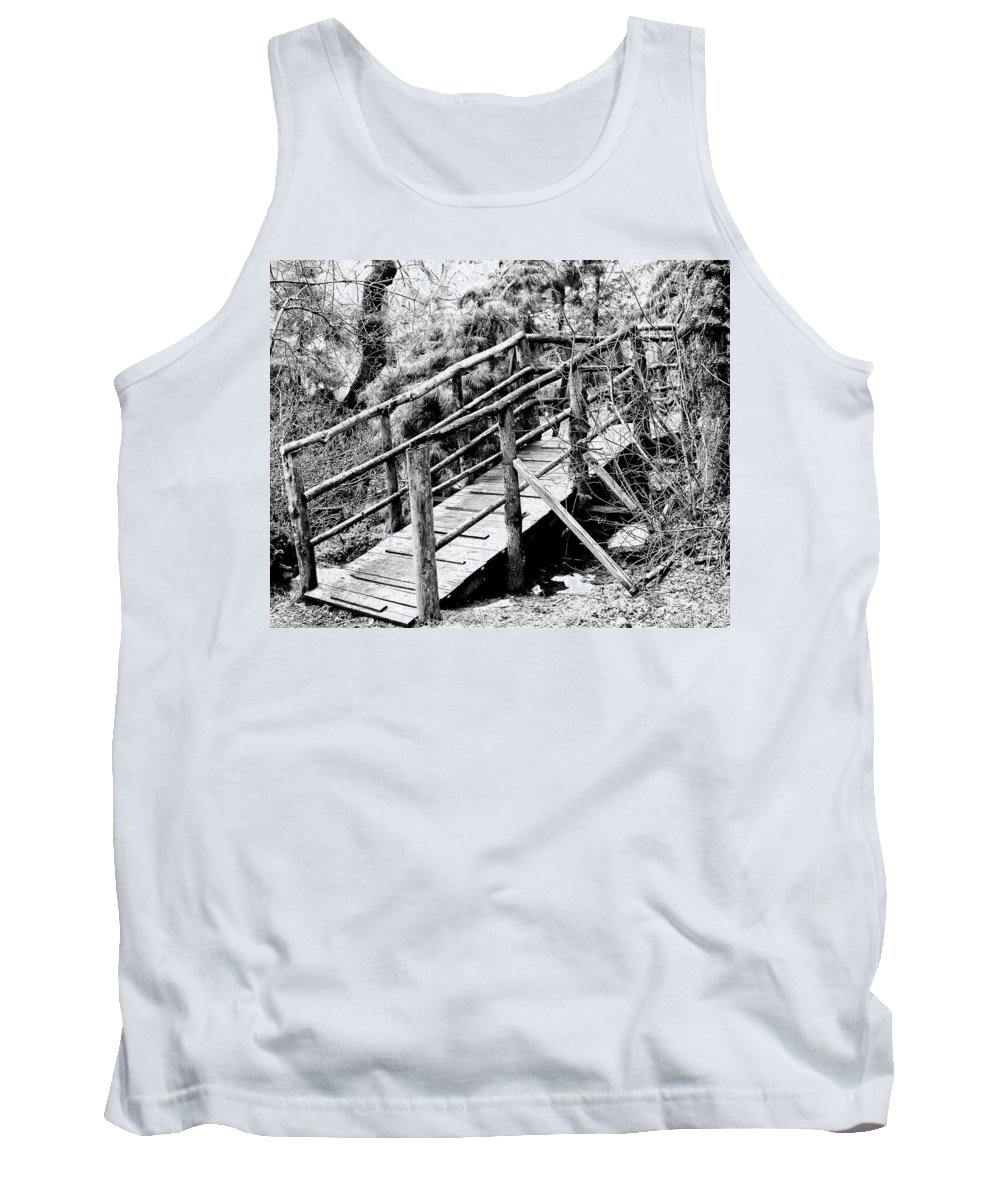Apple Valley Tank Top featuring the photograph Walkway by William Dey