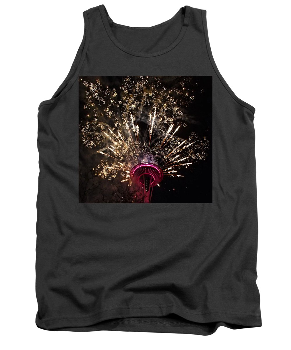 Seattle Tank Top featuring the photograph Spritz by Angus Hooper Iii