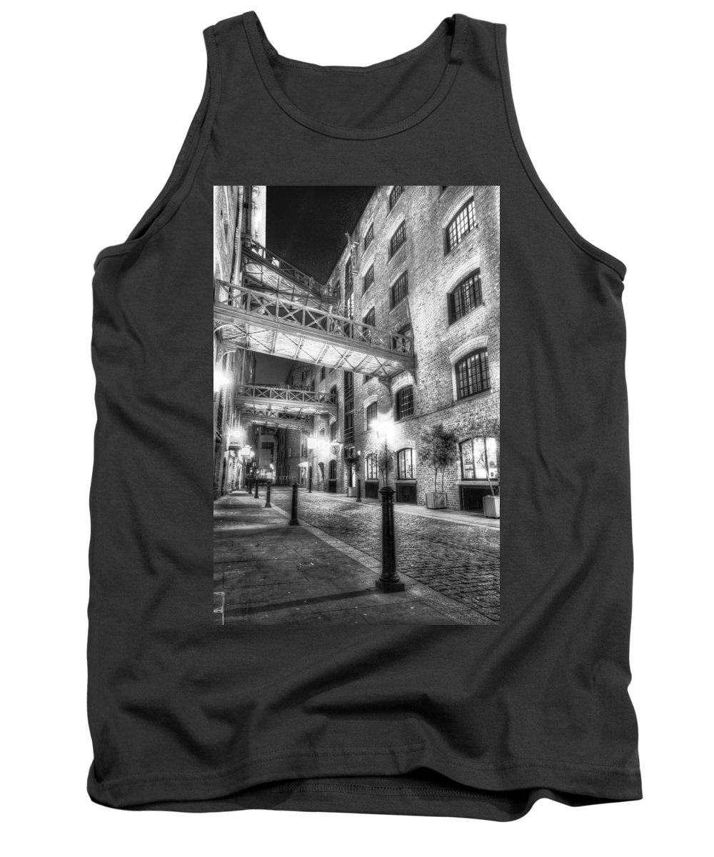 Butlers Wharf Tank Top featuring the photograph Butlers Wharf London by David Pyatt