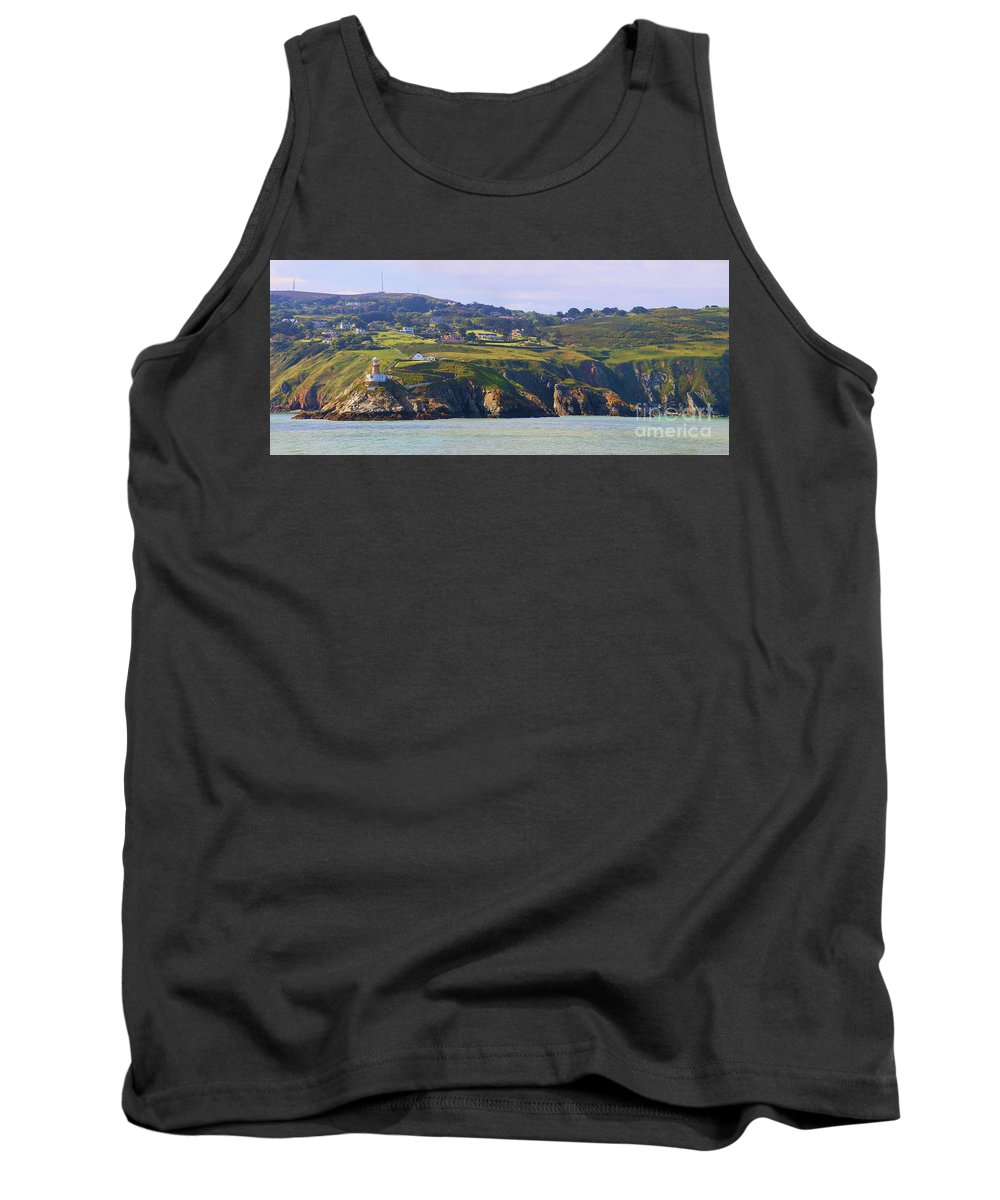 Baily Lighthouse Tank Top featuring the photograph Baily Lighthouse Panorama 1 by Jack Schultz