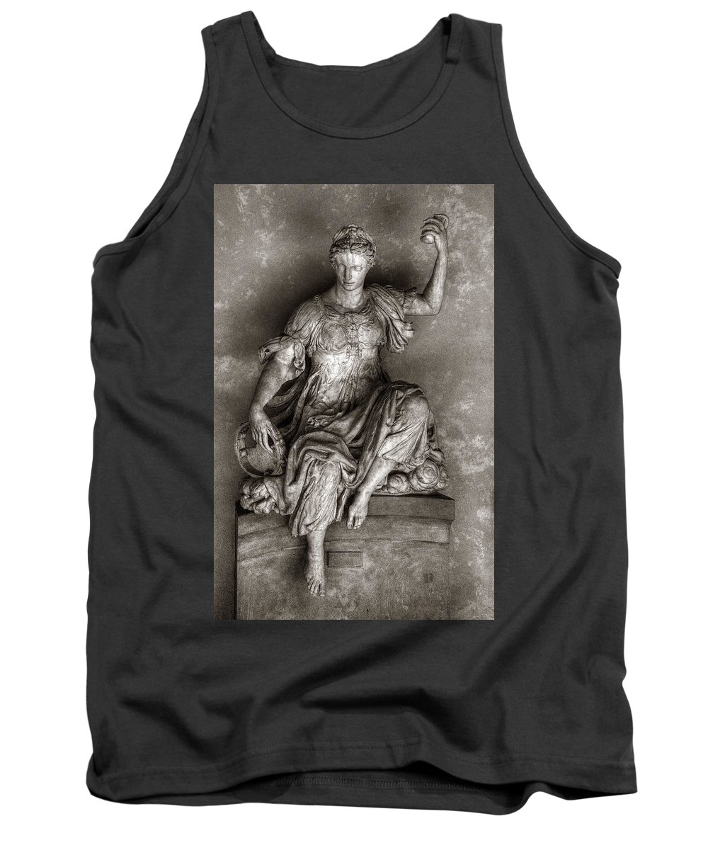 Sculpture Tank Top featuring the photograph Bargello Sculpture by Michael Kirk