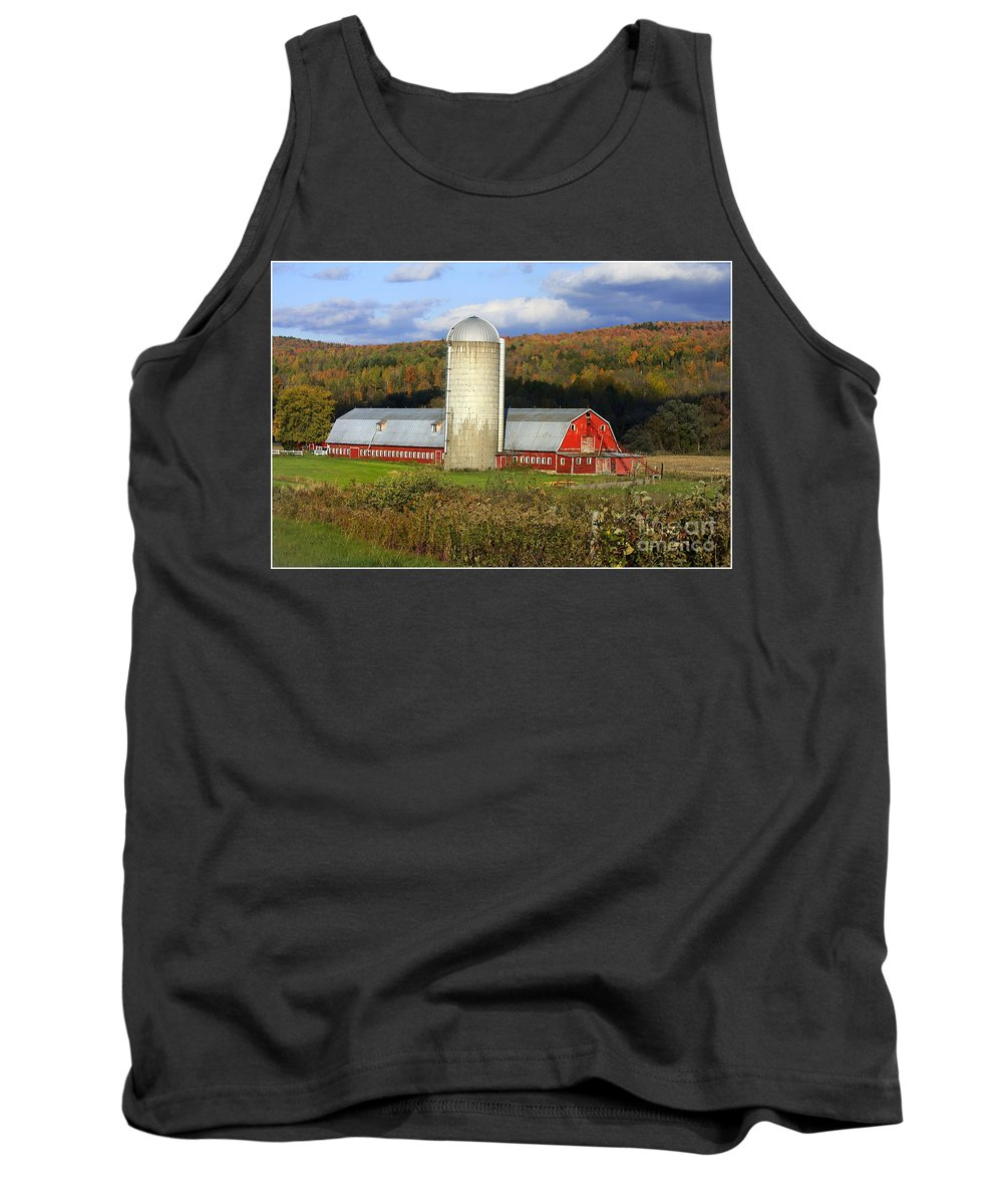 Landscape Tank Top featuring the photograph Barn On The River Rd. by Deborah Benoit