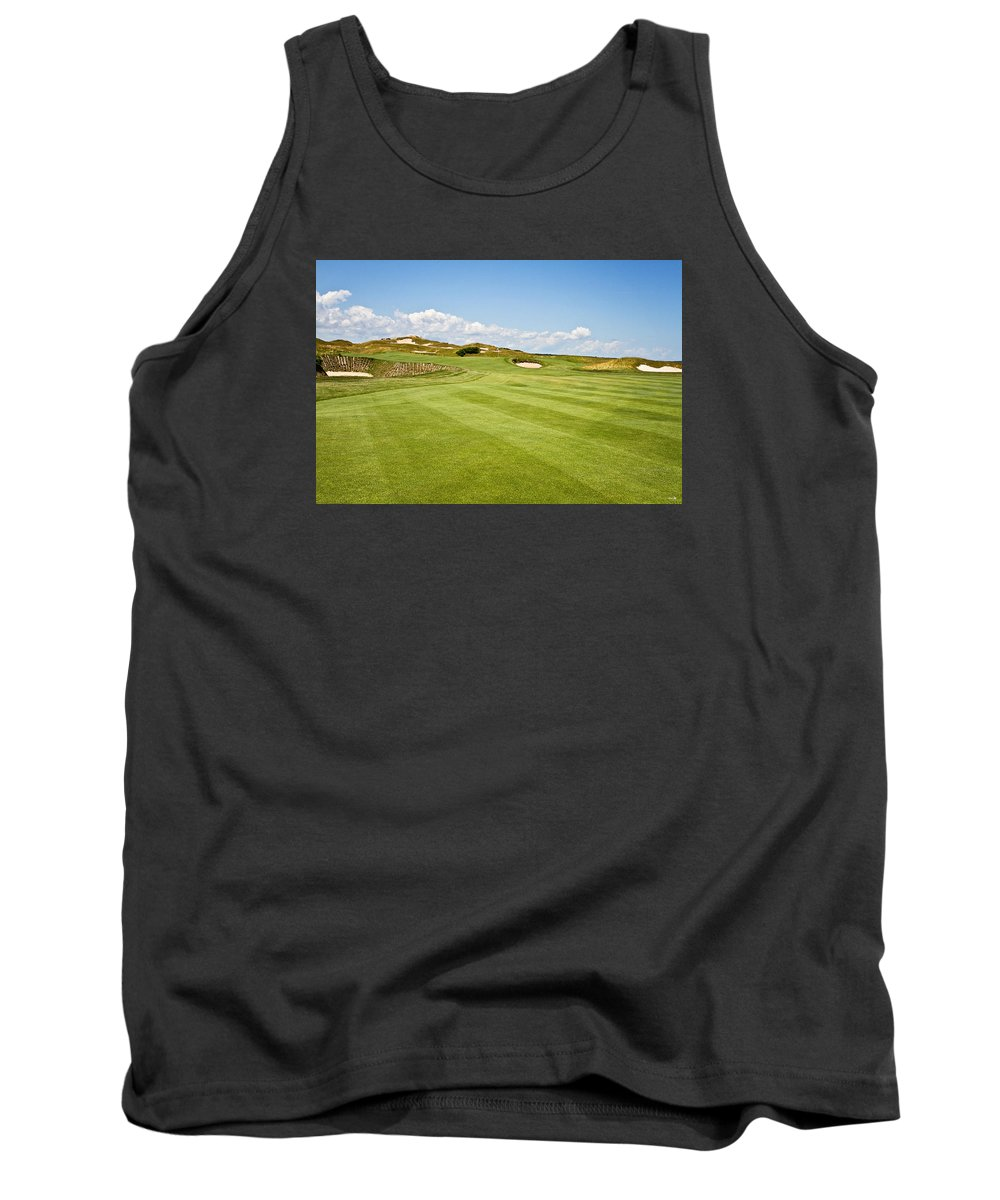 Golf Tank Top featuring the photograph Beautiful Approach by Scott Pellegrin