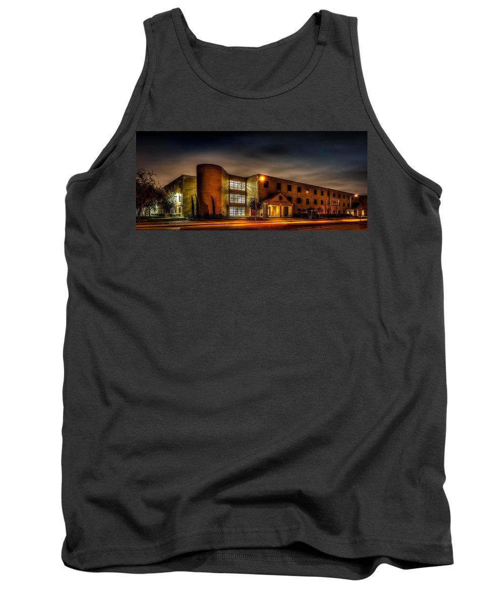 Bellaire High School Tank Top featuring the photograph Bellaire High School by David Morefield