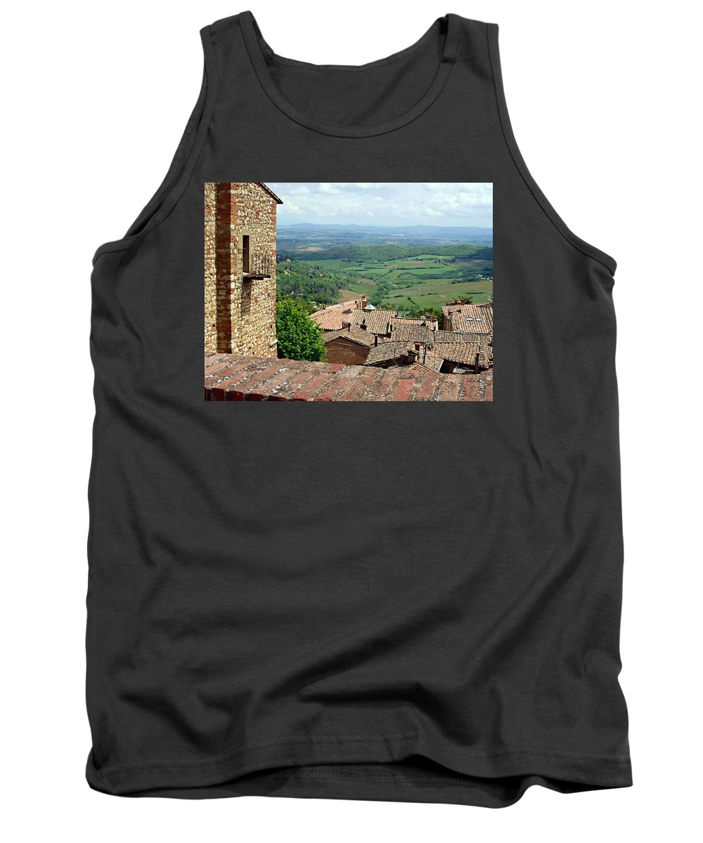 Beyond The Rooftops Tank Top featuring the photograph Beyond The Rooftops 1 by Ellen Henneke
