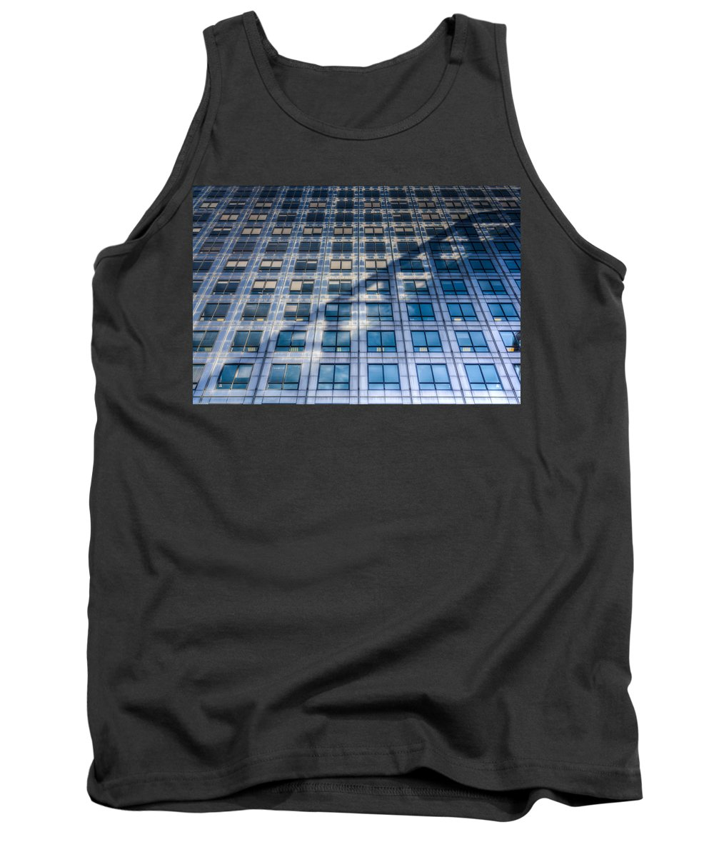 Canary Wharf Tank Top featuring the photograph Canary Wharf Tower by David Pyatt