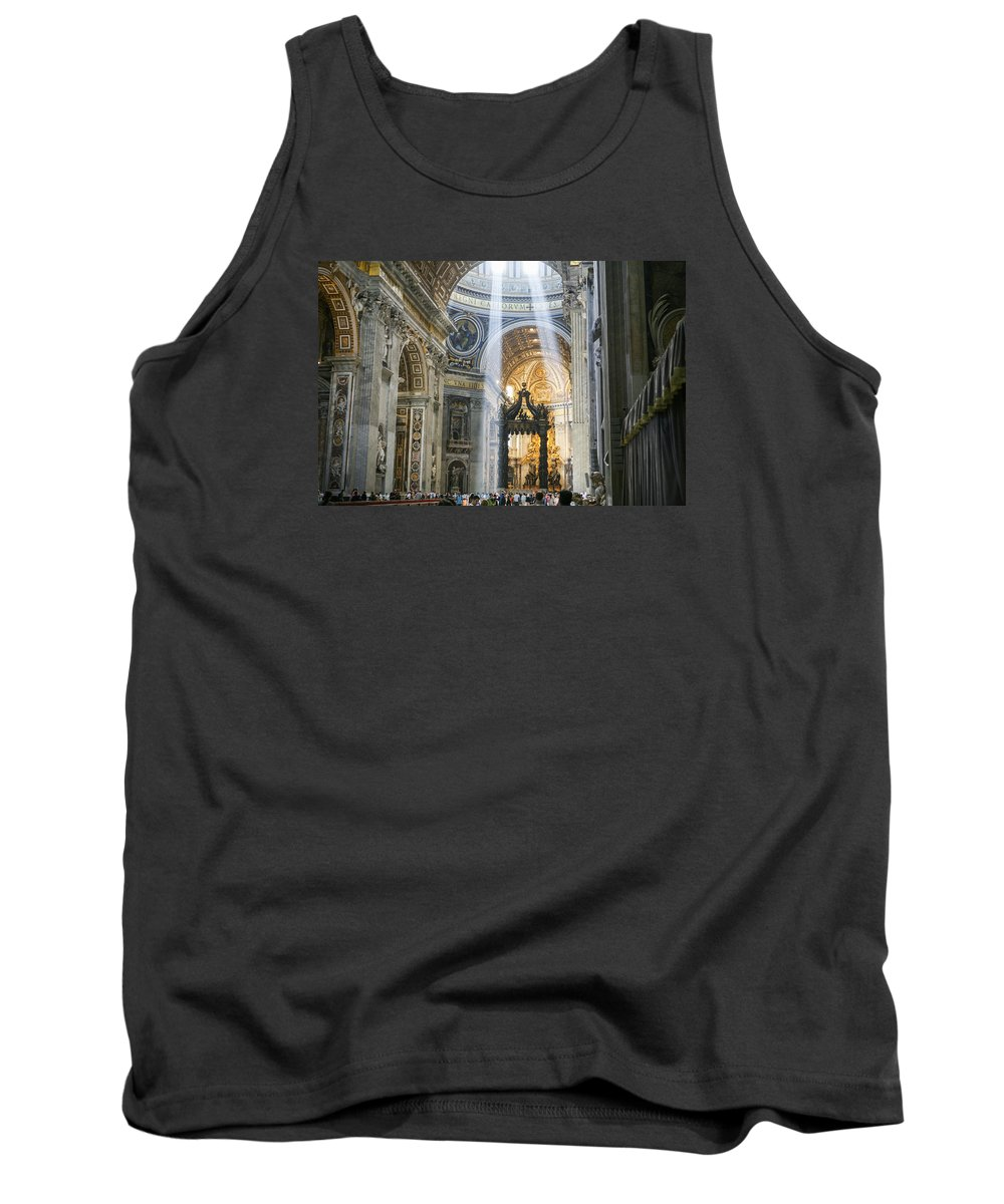 Italy 2014 Tank Top featuring the photograph Cast Youyr Eyes To The Heavens by Eric Swan