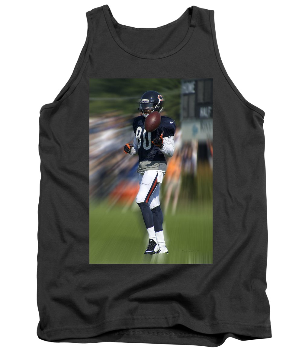 Chicago Bears Tank Top featuring the photograph Chicago Bears Wr Armanti Edwards Moving The Ball Training Camp 2014 by Thomas Woolworth