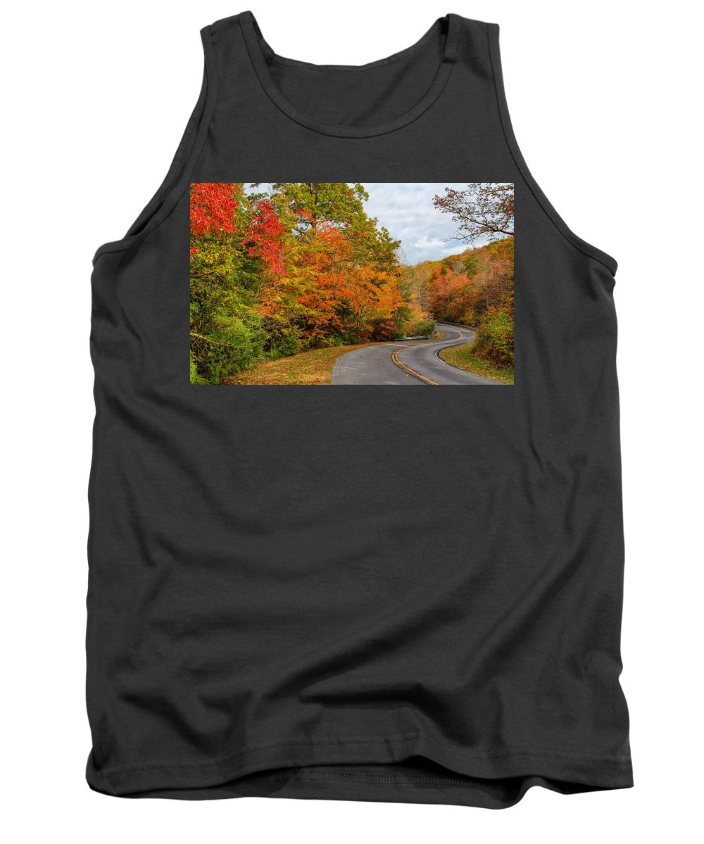 Landscape Tank Top featuring the photograph Cloudland Beauty by John M Bailey