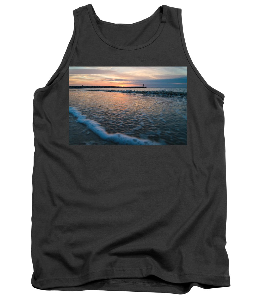 New Jersey Tank Top featuring the photograph Day Done by Kristopher Schoenleber