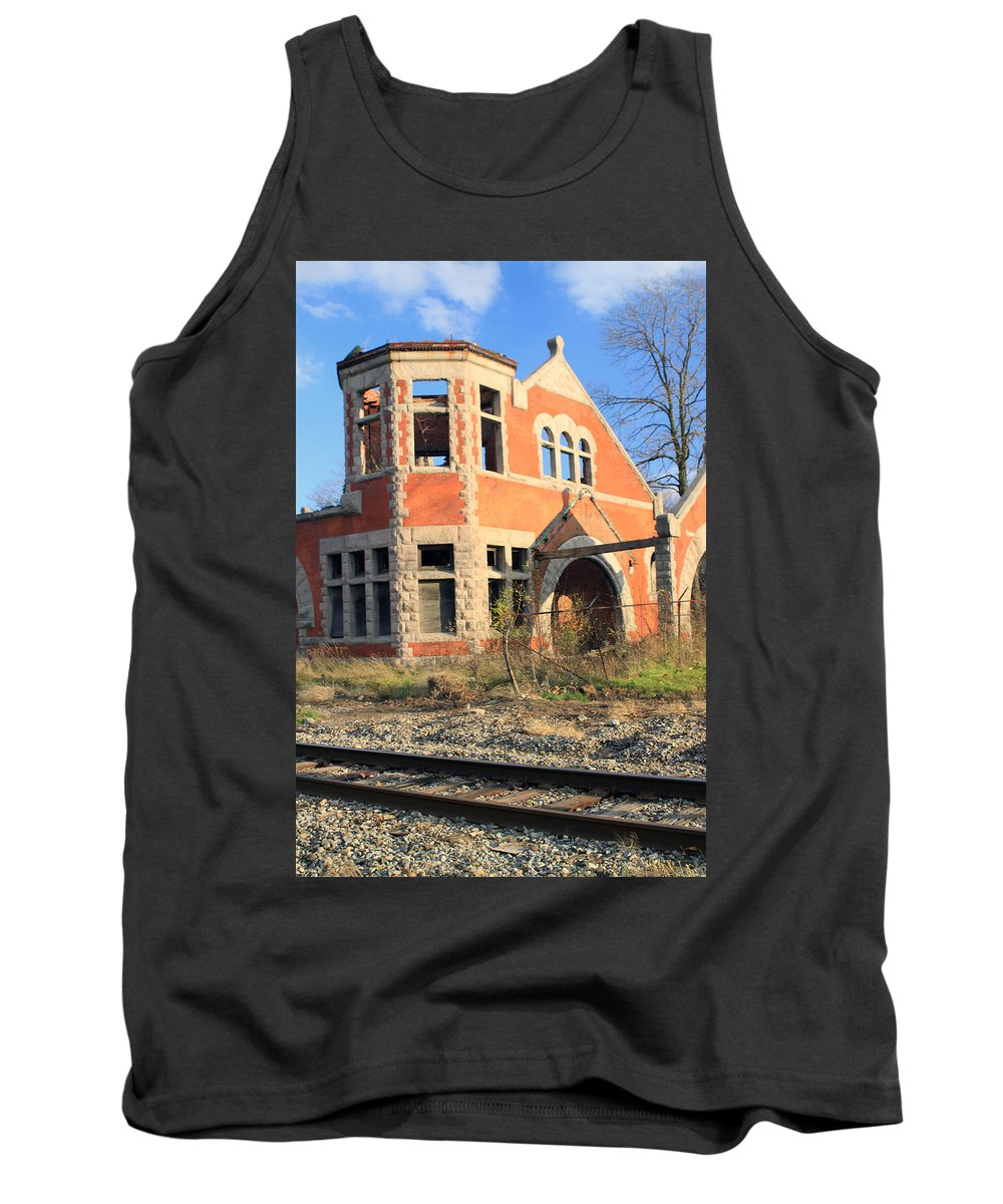 Ruins Tank Top featuring the photograph Derelict Station by Jennifer Robin