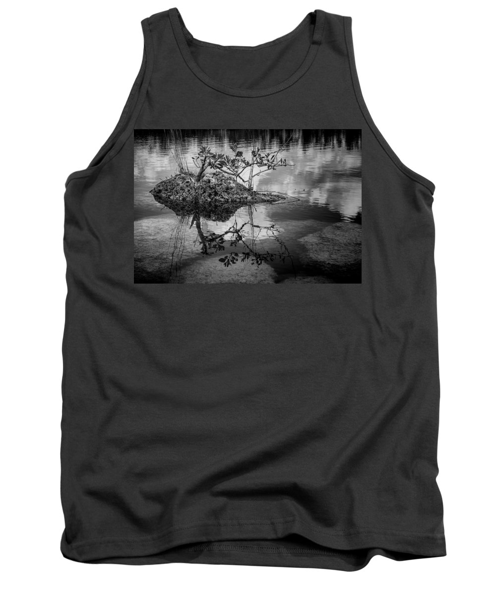 Everglades Tank Top featuring the photograph Everglades 0346 by Rudy Umans