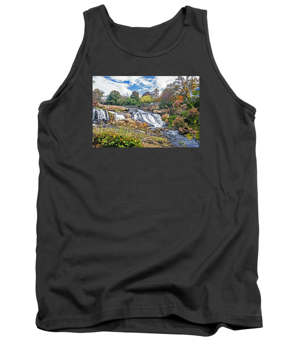 Landscape Tank Top featuring the photograph Fall Arrival by Elvis Vaughn