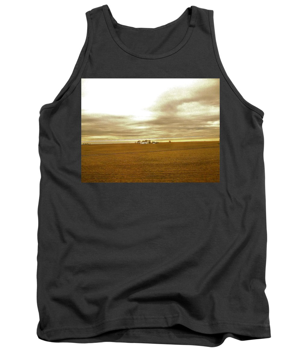 Illinois Tank Top featuring the photograph Farmhouse Island by Susan Wyman
