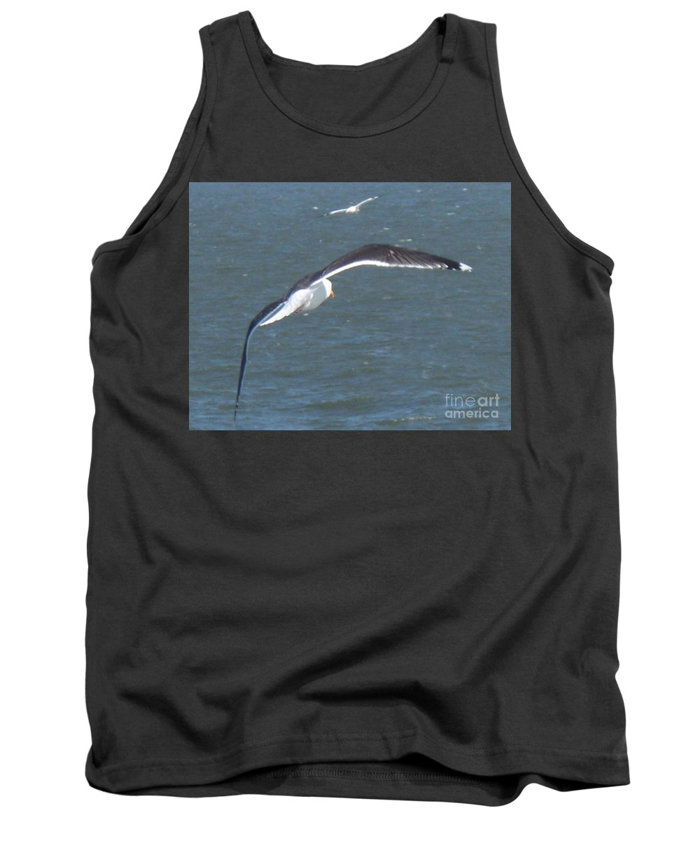 Bird Tank Top featuring the photograph Flying On A Breeze by Eric Schiabor