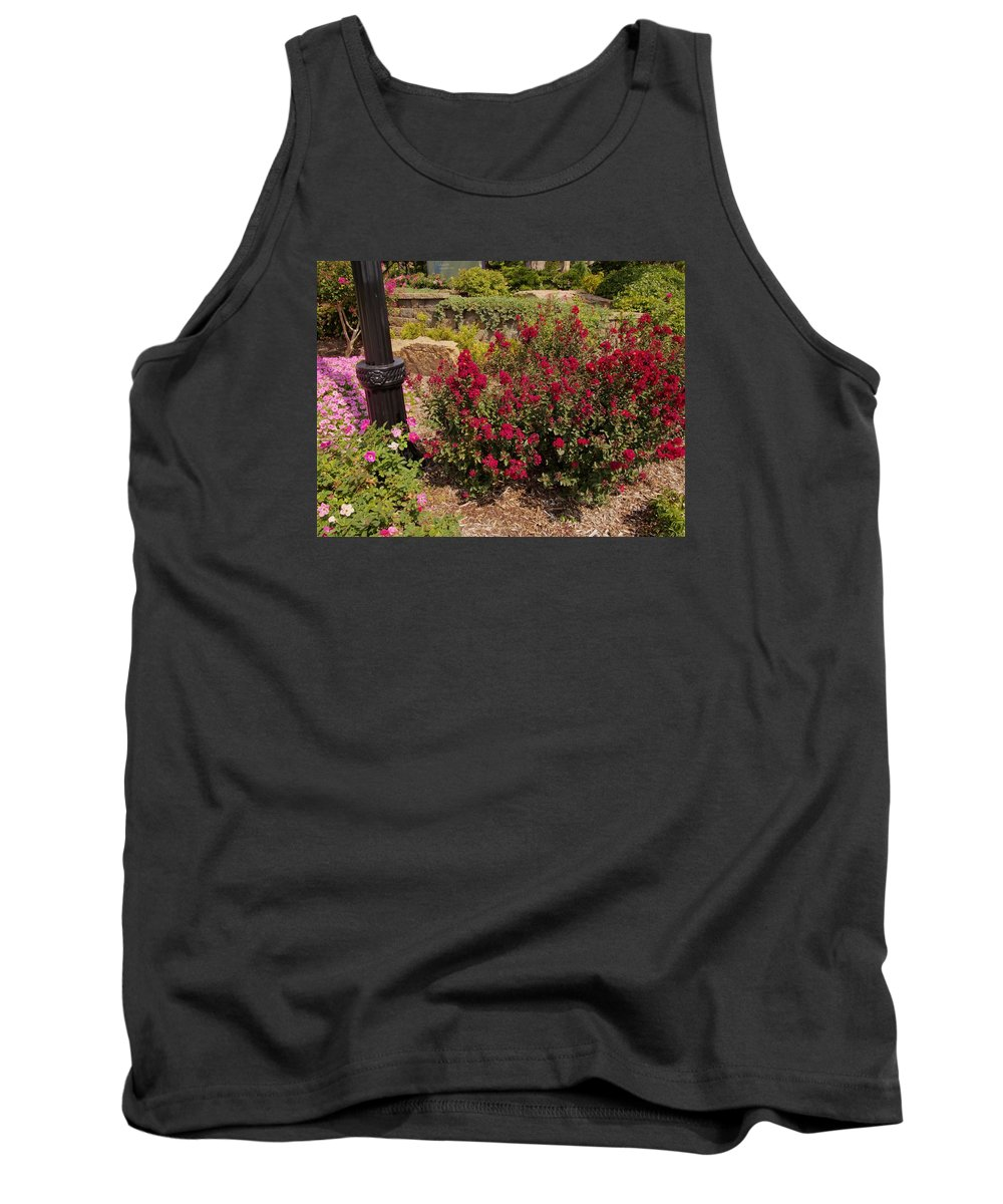 Landscape Tank Top featuring the photograph Garden Bush At Woodward Park 2f by John Straton