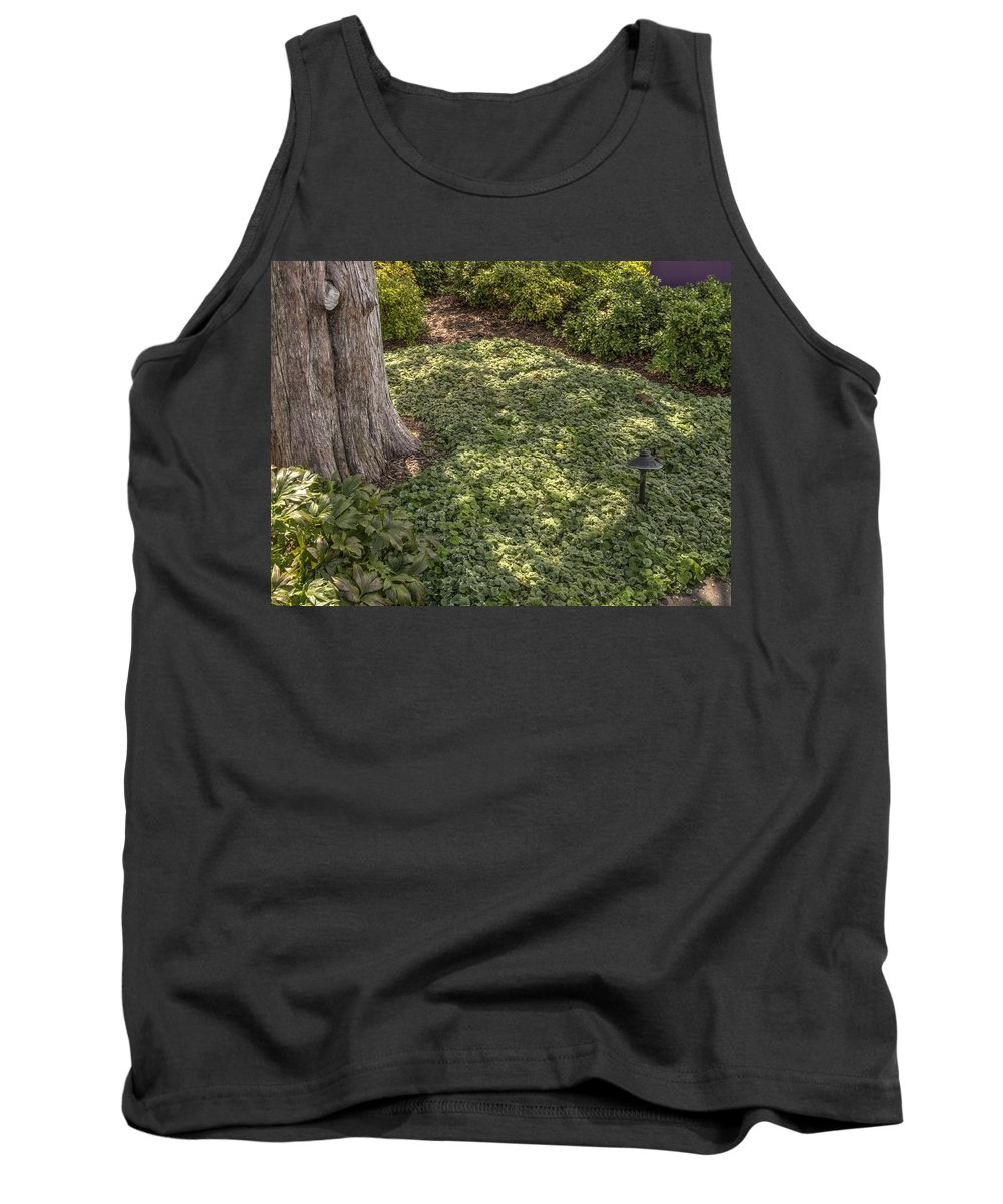 Landscape Tank Top featuring the photograph Garden Color At Woodward Park 21f by John Straton