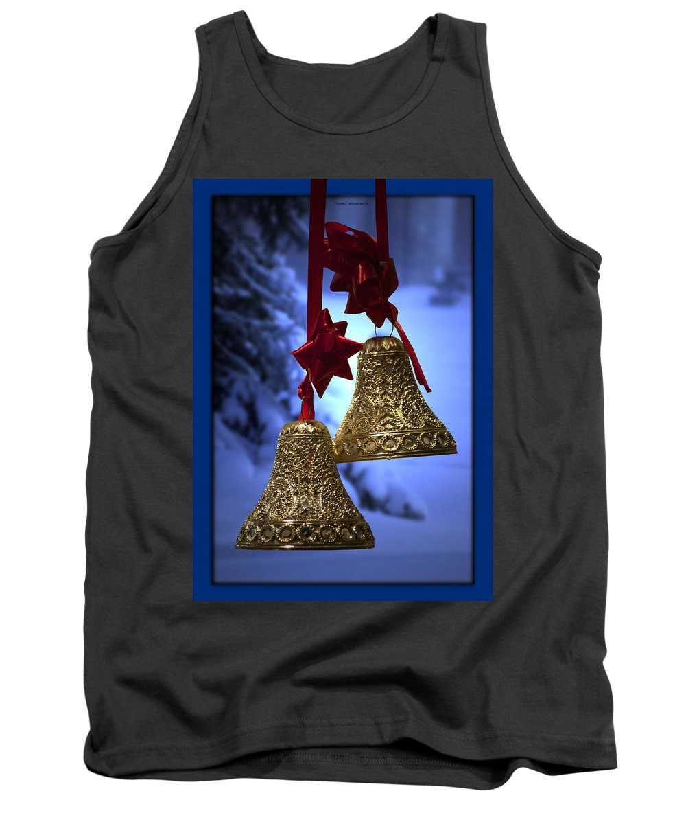 Green Tank Top featuring the photograph Golden Bells Blue Greeting Card by Thomas Woolworth