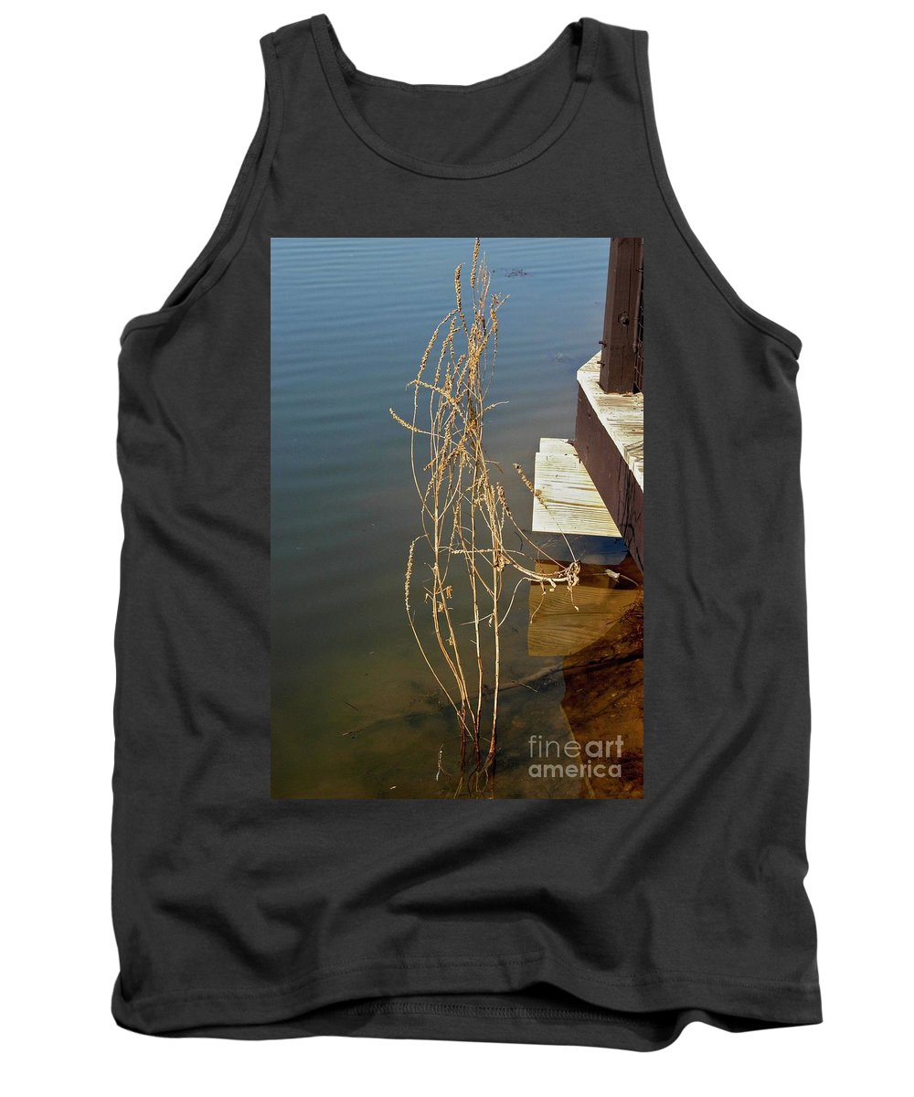 Hawk Island County Park Tank Top featuring the photograph Hanging On by Joseph Yarbrough