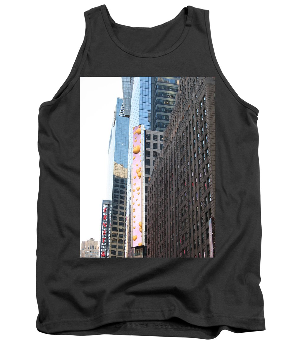 Hearts Tank Top featuring the photograph Hearts On The Run by Christiane Schulze Art And Photography