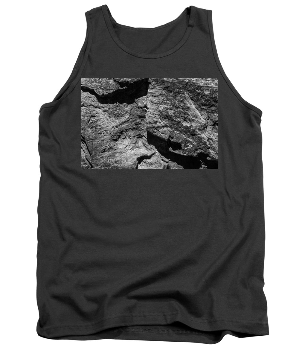 Route 66 Tank Top featuring the photograph Inscription Rock 30 by Angus Hooper Iii