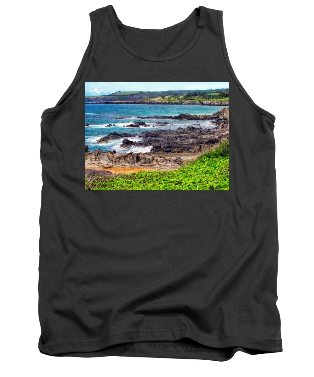 Hawaii Tank Top featuring the photograph Napili 70 by Dawn Eshelman