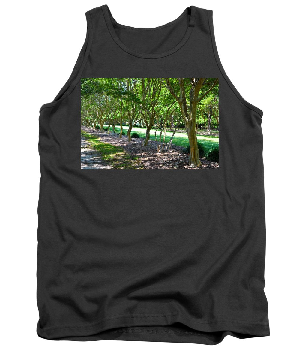 Favorite Spot In The Gardens Tank Top featuring the painting Norfolk Botanical Garden 3 by Jeelan Clark