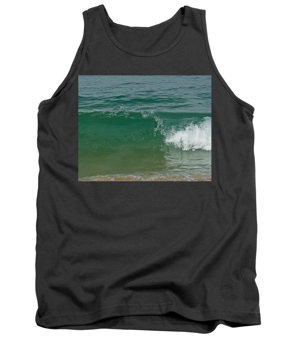Beach Tank Top featuring the photograph Ocean Wave 2 by Ernie Echols