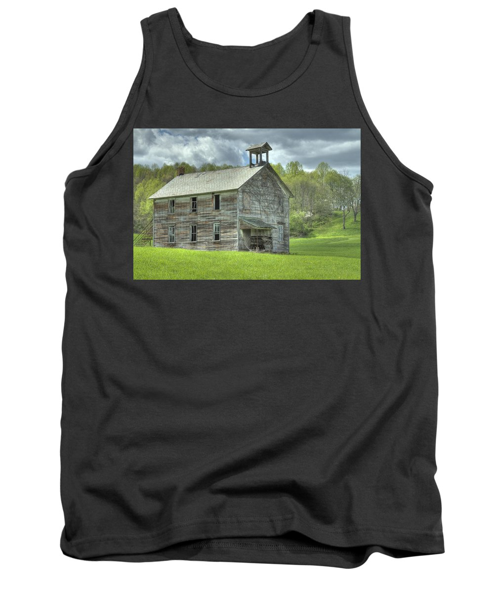 Abandoned Tank Top featuring the photograph Ohio Schoolhouse by Jack R Perry