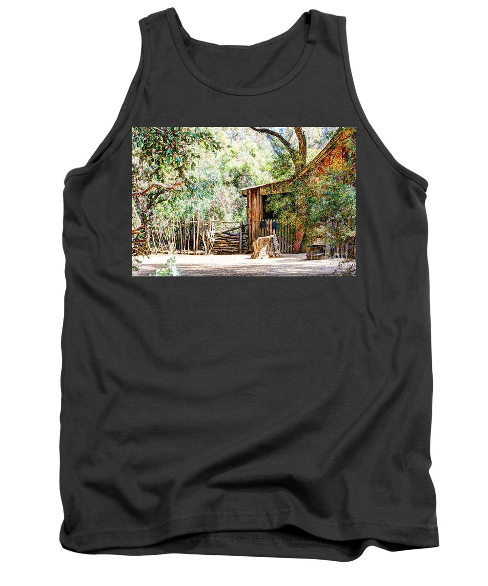 Old Farm Building Tank Top featuring the digital art Old Farm Building by Georgianne Giese