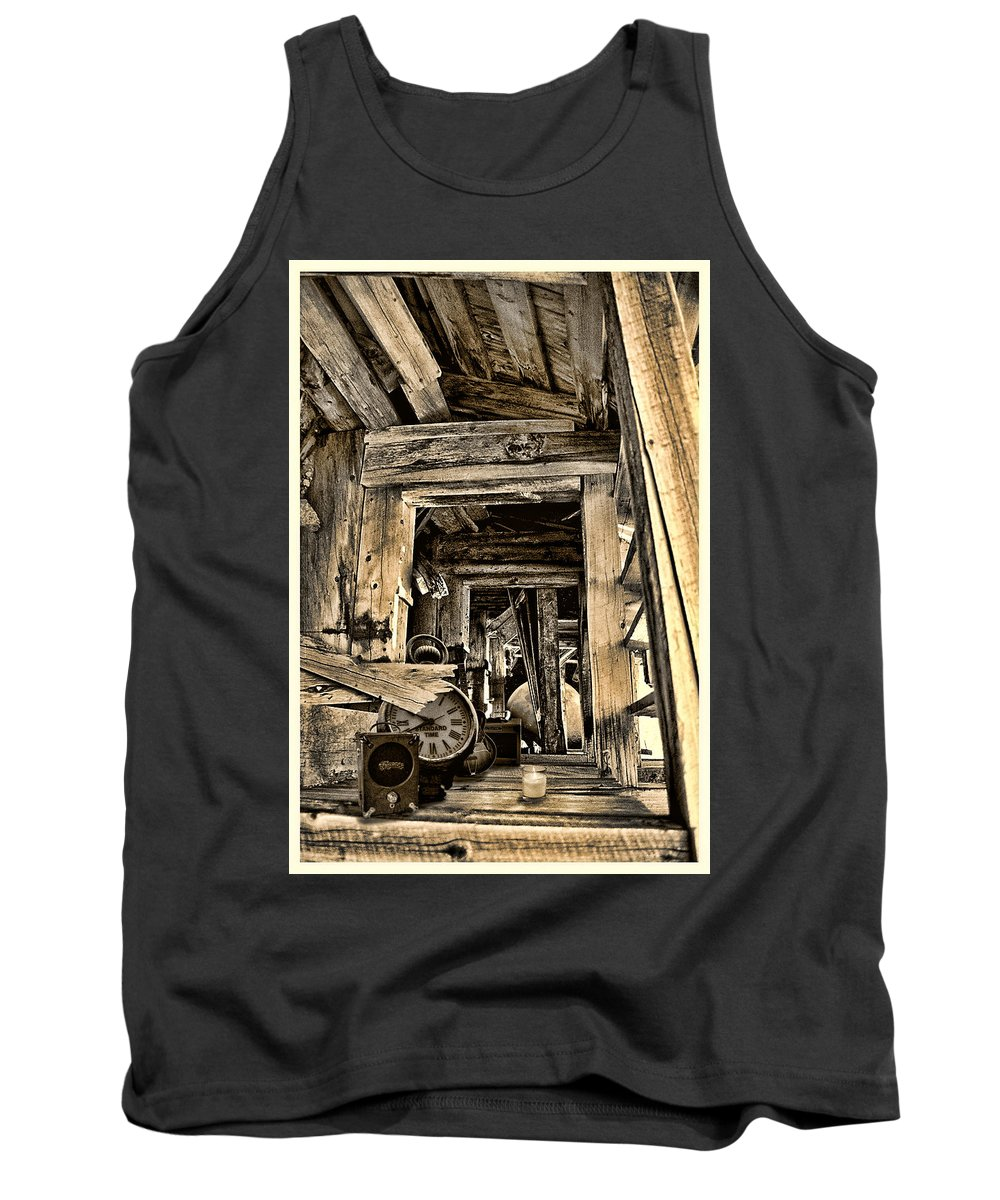 Colorado Tank Top featuring the photograph Old Rockers Attic by Greg Wells
