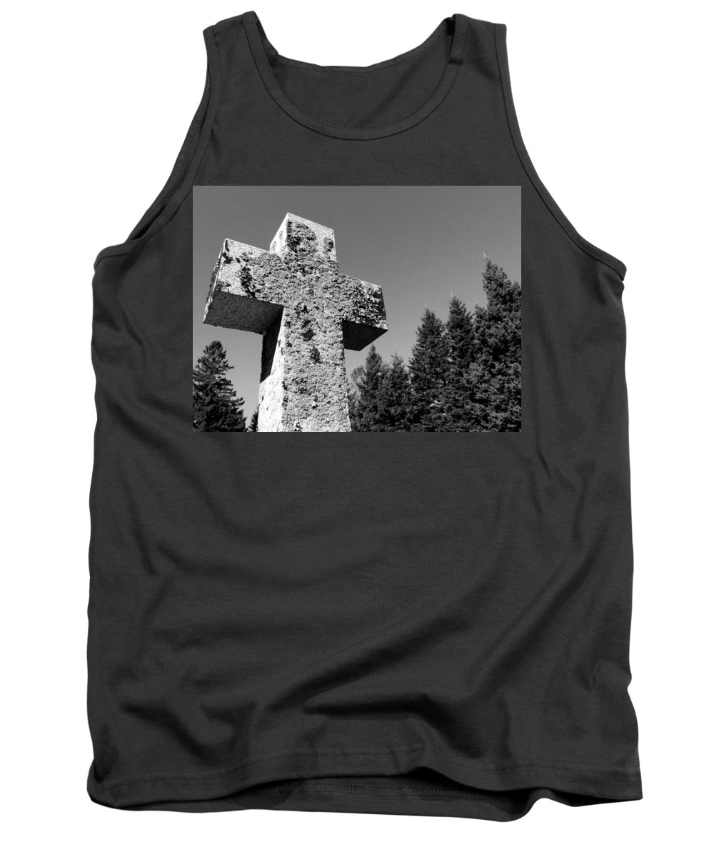 Cross Tank Top featuring the photograph Old Rugged Cross Bw by David T Wilkinson