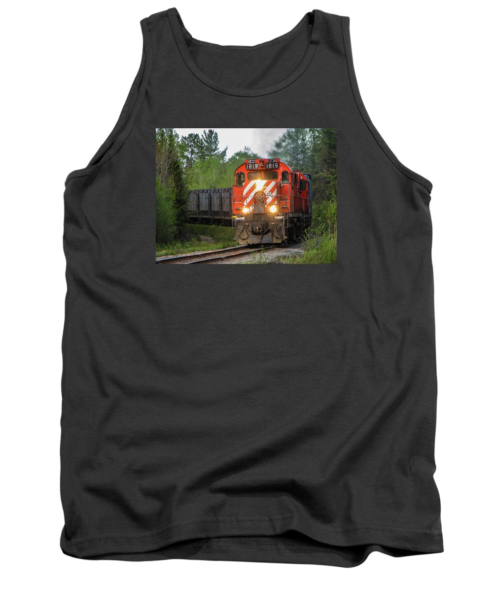 1819 Tank Top featuring the photograph Red Ore Train On A Curve Near Bathurst by Steve Boyko