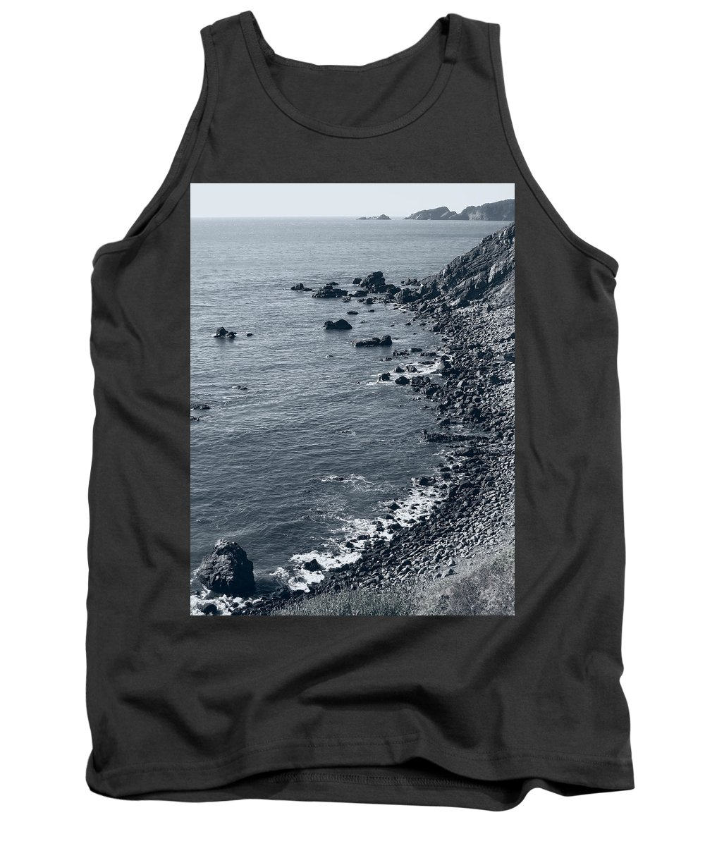 oregon Coast Tank Top featuring the photograph Pacific Coast 4 by Daniel Hagerman