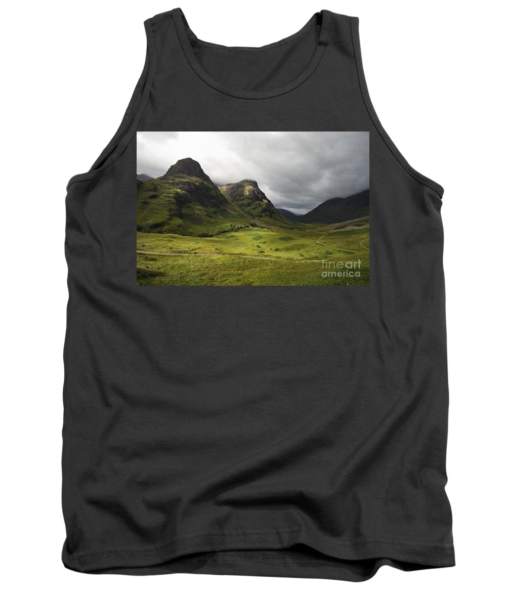 Brood Tank Top featuring the photograph Pass Of Glencoe - D002455 by Daniel Dempster
