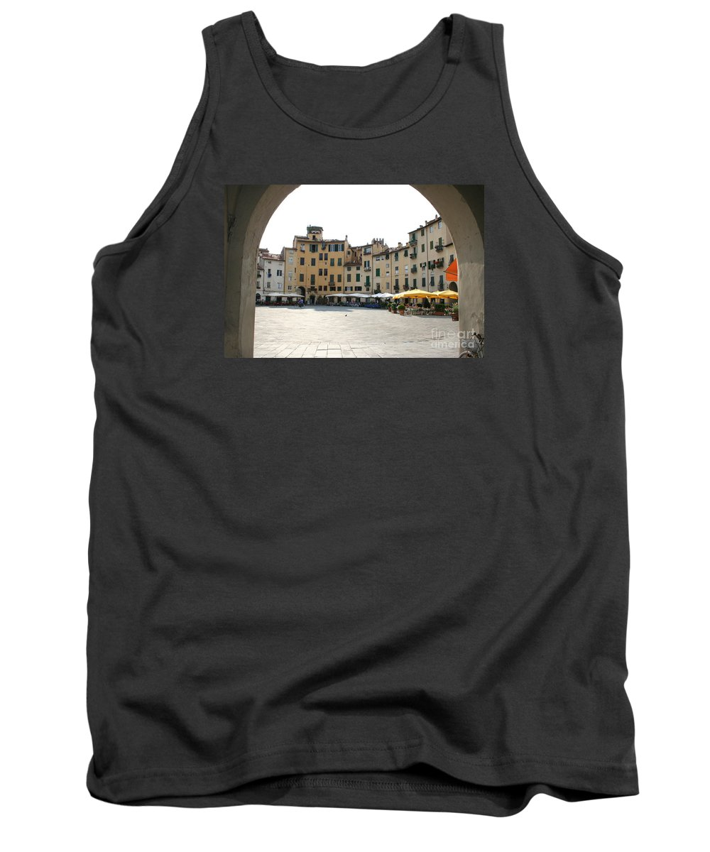 Piazza Del Mercato Tank Top featuring the photograph Piazza Del Mercato Lucca by Christiane Schulze Art And Photography