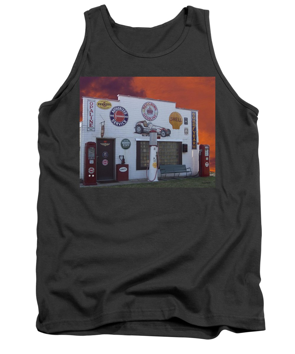Dwight Tank Top featuring the photograph Rt 66 Dwight Il Roadside Attraction by Thomas Woolworth