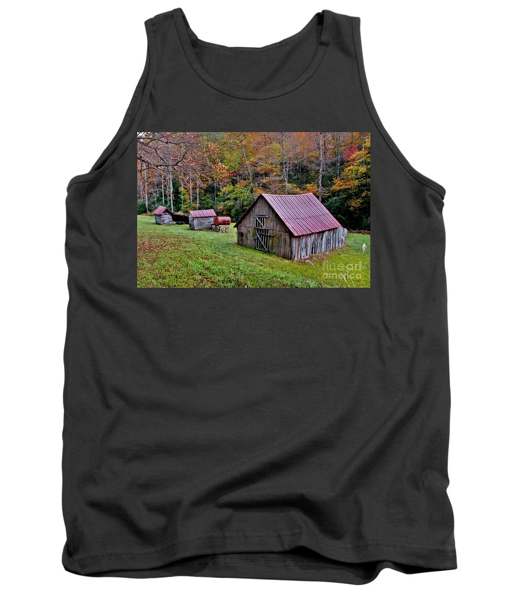 Pisgah National Forest Tank Top featuring the photograph Rustic Barns by Jeff McJunkin