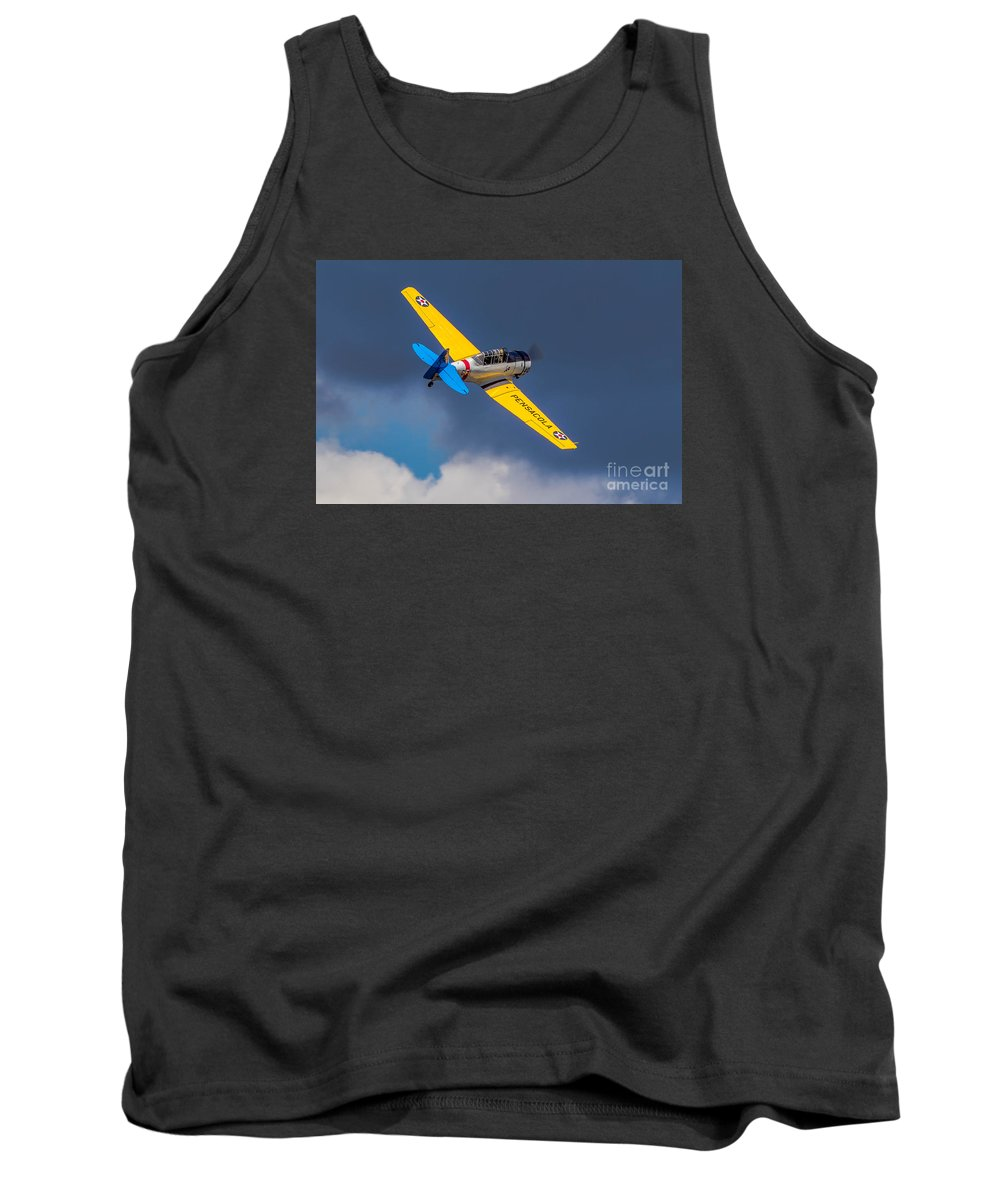 Airlplane Tank Top featuring the photograph Sailing Away by Jerry Fornarotto