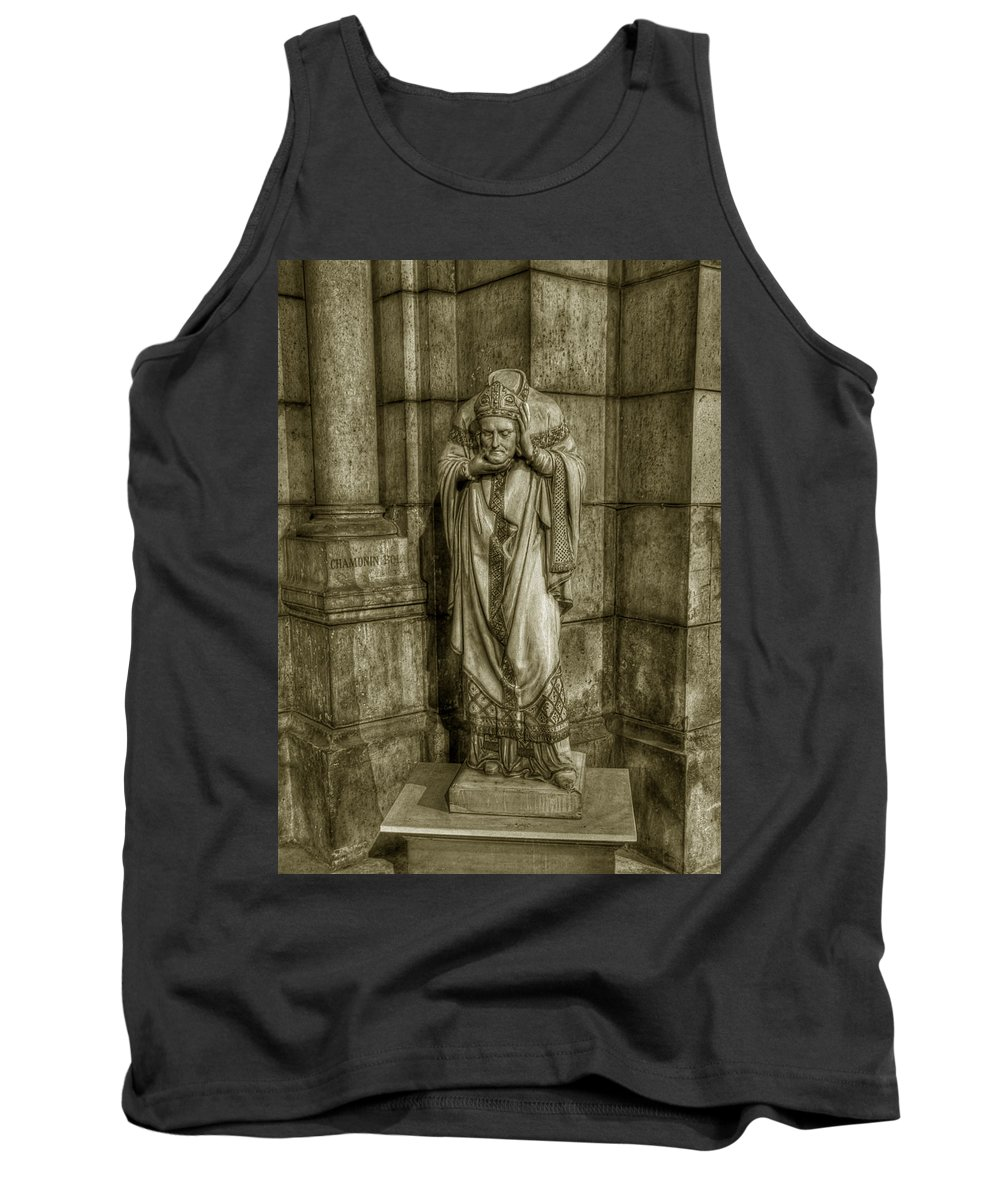 Paris Sacre-coeur Tank Top featuring the photograph Saint Denis by Michael Kirk