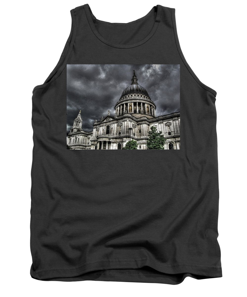 London Tank Top featuring the photograph Saint Pauls Cathedral by Jeff Watts