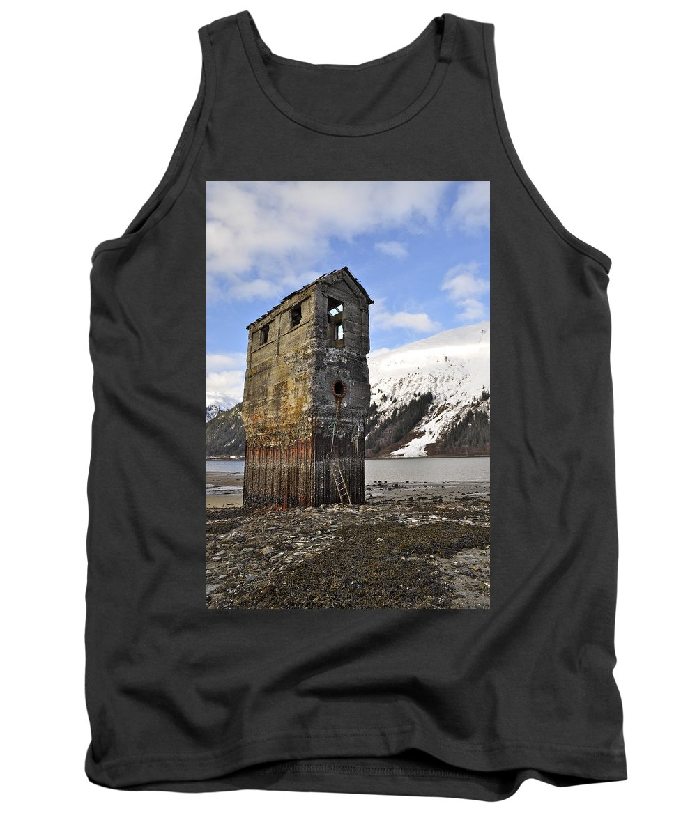 Pumphouse Tank Top featuring the photograph Saltwater Pump House by Cathy Mahnke