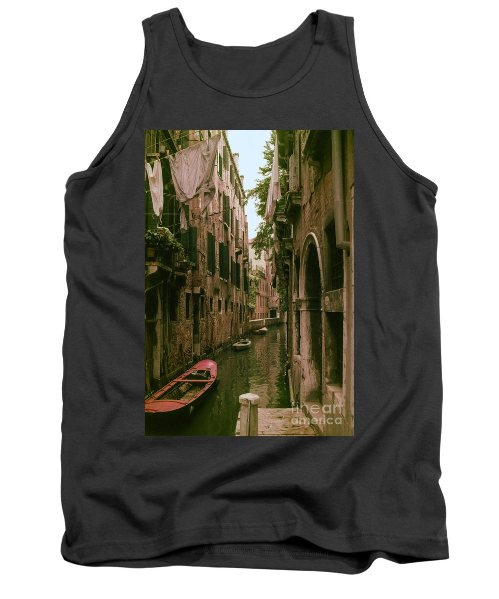 Venice Canal Canals Building Buildings Boat Boats Dock Docks Structure Structures Architecture Water City Cities Cityscape Cityscapes Italy Tank Top featuring the photograph Side Canal by Bob Phillips