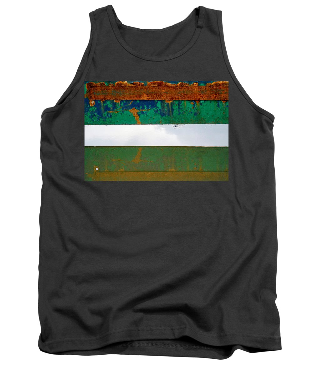 London Tank Top featuring the photograph Sky .. by A Rey