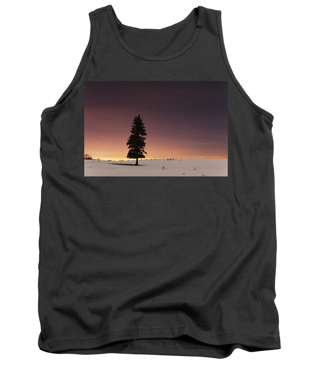 Canada Tank Top featuring the photograph Stars In The Night Sky With Lone Tree by Susan Dykstra
