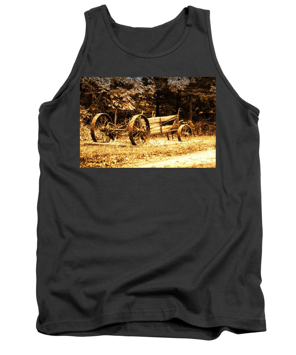 Wooden Tank Top featuring the photograph Sundown On The Honey Dew Wagon by Thomas Woolworth