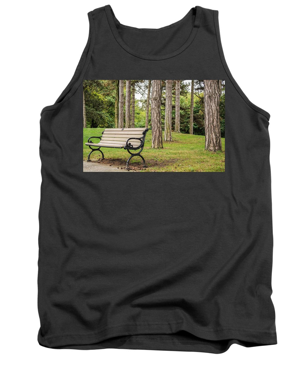 Toronto Tank Top featuring the photograph Take A Seat by Garvin Hunter