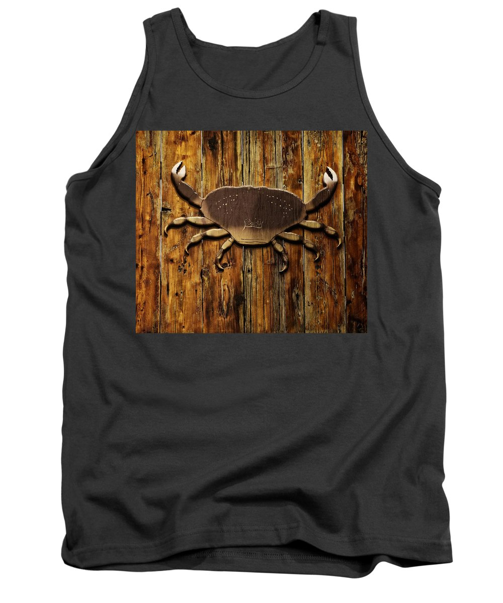Newport Tank Top featuring the photograph The Art Of The Crab by Image Takers Photography LLC - Carol Haddon