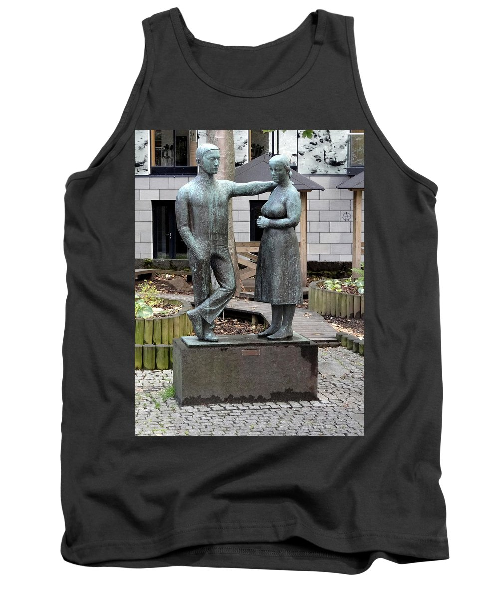 Statues Tank Top featuring the photograph The Couple by Richard Rosenshein