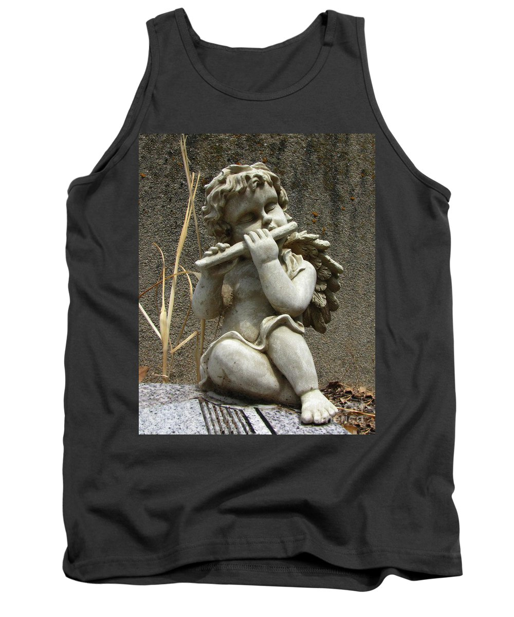 Cupid Tank Top featuring the photograph The Musician 02 by Peter Piatt